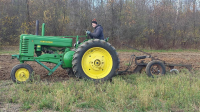 Cedarburg Farmer and Tractor